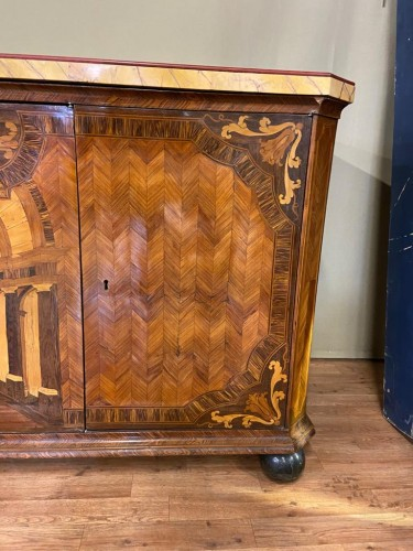 Antiquités - Large inlaid cabinet with doors, Germany 18th century