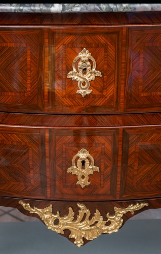 Furniture  - A late 19th century Commode