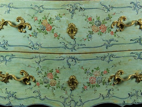 Italian 18th century Lacquered commode - Furniture Style Louis XV