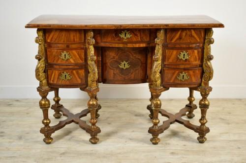 17th century North italian Mazarin desk -