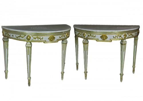 XVIII Century, Pair of Italian Half-moon Lacquered Neoclassical Consoles