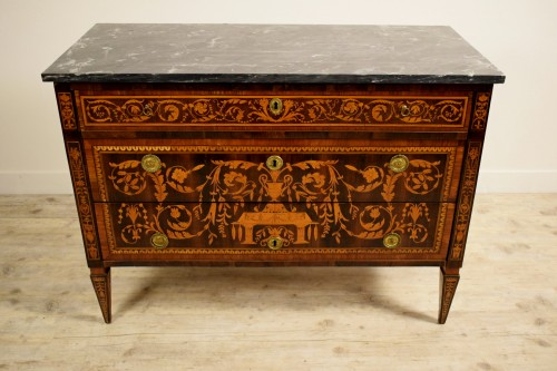 Neoclassical chest of drawers, Italy -