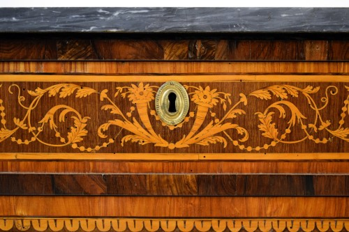 Antiquités - Neoclassical chest of drawers, Italy