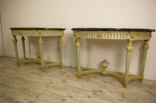 Pair of Neoclassical lacquered half-moons console table - Furniture Style Louis XVI