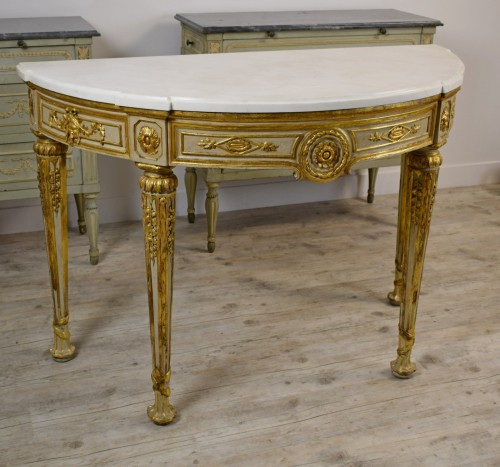 Neoclassical console with half moon - Louis XVI