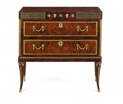 19th Century, Small russian mahogany chest of drawers with gilded bronzes