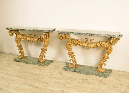 Furniture  - 18th Cent, Pair of Lacquered and Giledd Wood Console