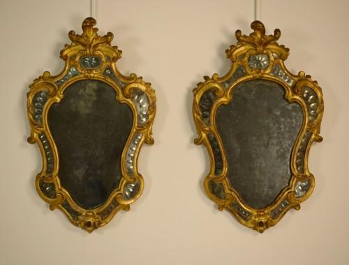 Pair of 18th Century Piedmontese Gilt Wood mirror - Mirrors, Trumeau Style Louis XV