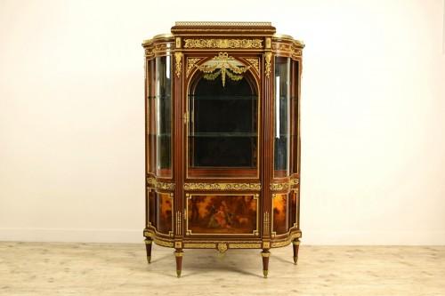19th century, Mahogany and Gilt Bronze French Showcase  - Furniture Style Napoléon III