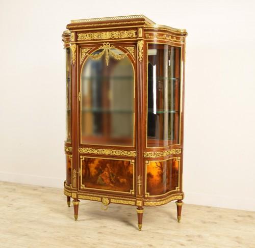 19th century, Mahogany and Gilt Bronze French Showcase  -