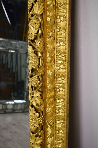 Mirrors, Trumeau  - 19th Century, finely carved and gilded wood venetian mirror