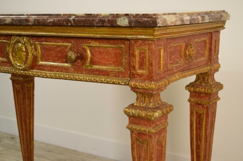 18th Century, Italian gilded and red Lacquered Wood with marble top - Empire