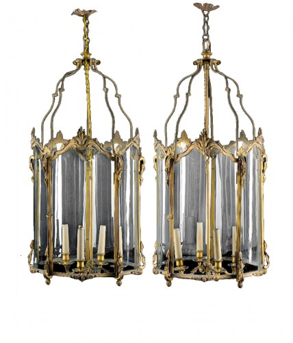 19th Century, Pair Franch Gilt Bronze and Shaped Glass Lanterns