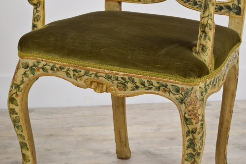 18th Century, Pair of venetian lacquered and gilded wood armchairs - Louis XV