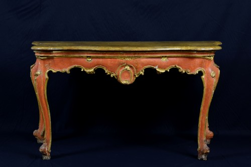 18th Century, Italian Baroque Wood Laquered Consolle - Furniture Style