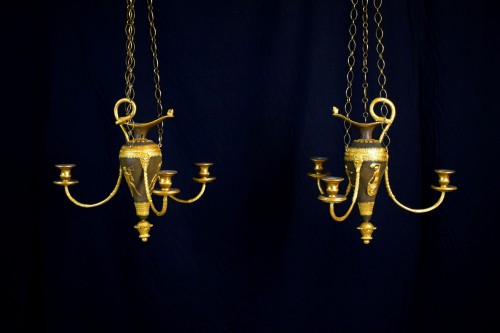 18th Century, Italian lacquered wood and gilded pastiglia chandeliers  - Lighting Style