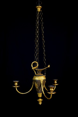 18th Century, Italian lacquered wood and gilded pastiglia chandeliers  -