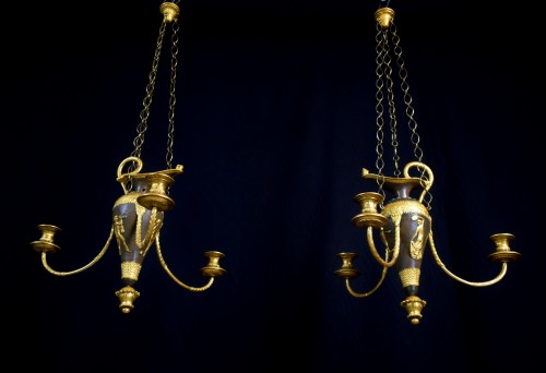 18th century - 18th Century, Italian lacquered wood and gilded pastiglia chandeliers