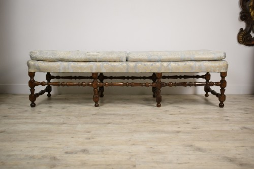 Rocchetto Walnut Bench, 19th Century -