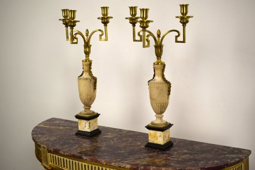 Lighting  - Pair of neoclassical gilt bronze and alabaster three lights candelabrum