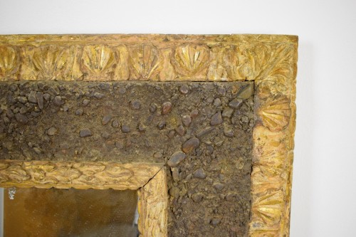 Antiquités - 17th Century, Italian Carved Gilt Wood Mirror With Small Stones