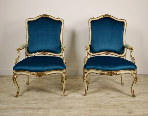 18th Century, Pair of Italian Lacquered Silver Carved Wood Armchairs  - Seating Style Louis XV
