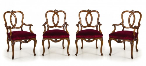 18th century Four Venetian Carved Walnut Wood Armchairs  - Seating Style Louis XV