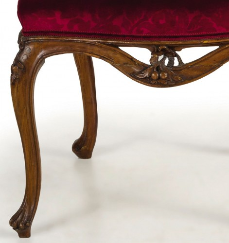 Antiquités - 18th century Four Venetian Carved Walnut Wood Armchairs