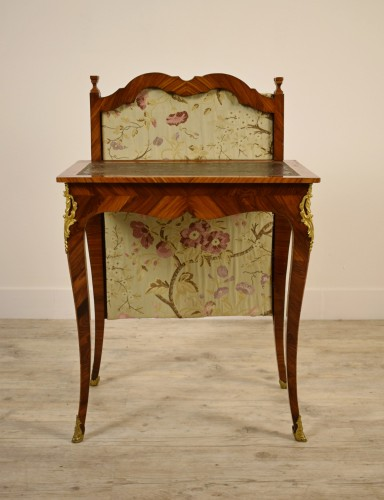 Louis XV - 18th Century, French Louis XV Center Writing table with screen