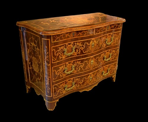 18th Century, Italian Inlaid Cest of Drawers - Furniture Style Louis XV