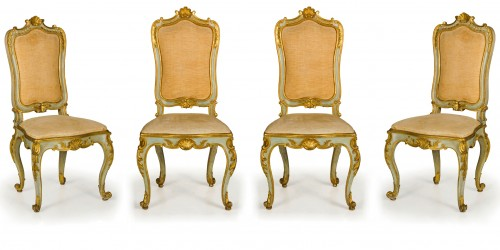 19th Century, 8 Italian Lacquered Gilt wood Chairs  - Seating Style Louis XV