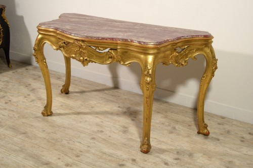 - 19th Century, Venetian Carved Gilt wood Console Table