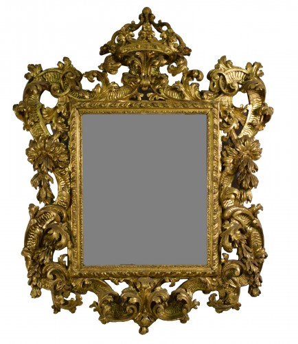 18th Century, Italian Baroque Gilt wood Mirror