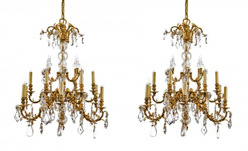 20th Cent., Pair of French Crystal Gilt Bronze Chandeliers by Maison Baguès