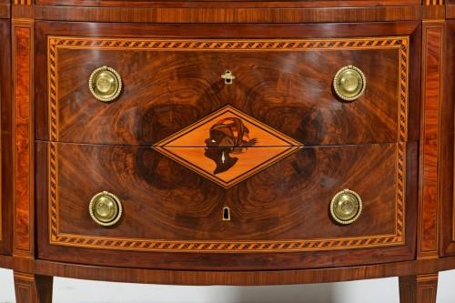 Louis XVI - 18th Century, Italian chest of drawers by Ignazio and Luigi Ravelli