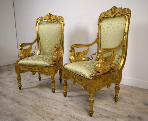 18th Century, Pair of Italian Neoclassical Carved Giltwood Armchairs  - Seating Style Louis XVI