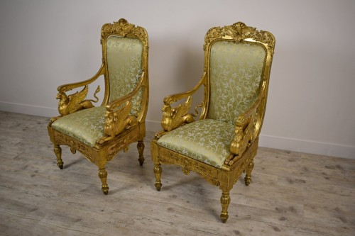 18th Century, Pair of Italian Neoclassical Carved Giltwood Armchairs  -