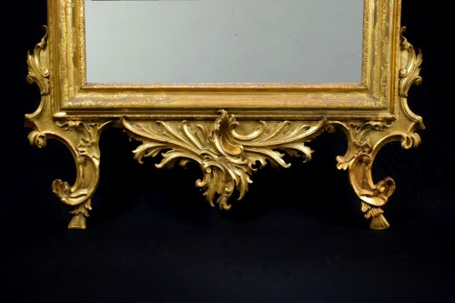 18th Century Venetian Carved and Gilt Wood Mirror -
