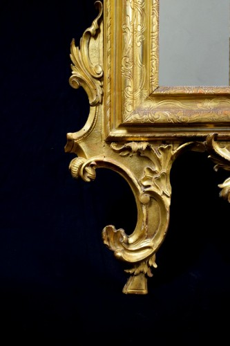 18th Century Venetian Carved and Gilt Wood Mirror - Louis XV