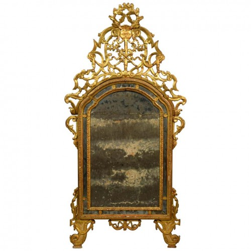18th Century, Italian Carved and Gilt Wood Mirror