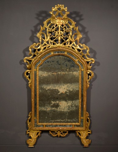 18th Century, Italian Carved and Gilt Wood Mirror - Mirrors, Trumeau Style
