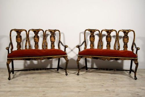 Pair of sofas in carved walnut and lacquered chinoiserie, Venice, early 18t