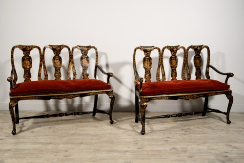 Seating  - Pair of sofas in carved walnut and lacquered chinoiserie, Venice, early 18t