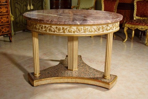 Antiquités - 18th century, Italian Neoclassical Round Lacquered Wood Center Table