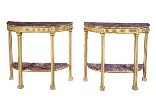 18th Century, Pair Of Italian Neoclassical Lacquered And Giltwood Consoles