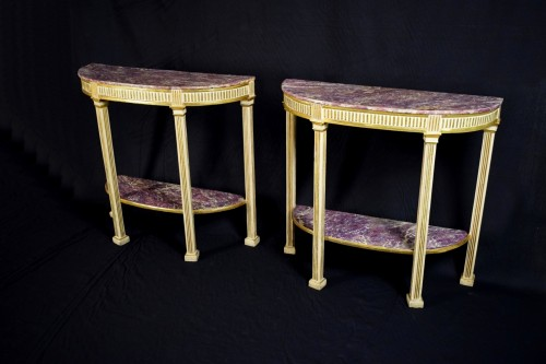 18th Century, Pair Of Italian Neoclassical Lacquered And Giltwood Consoles  - Furniture Style Louis XVI