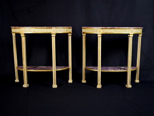 18th Century, Pair Of Italian Neoclassical Lacquered And Giltwood Consoles  -