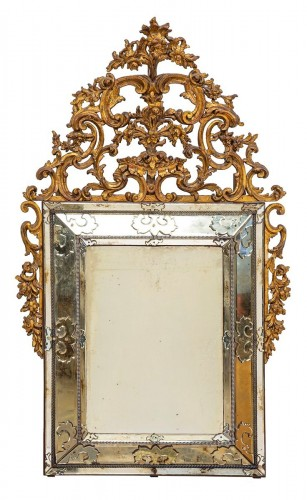 19th Century, Italian Carved Giltwood Mirror, Italy