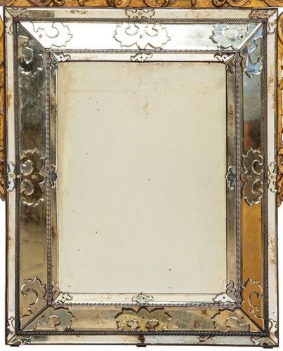 19th Century, Italian Carved Giltwood Mirror, Italy -