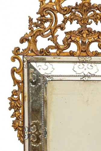19th century - 19th Century, Italian Carved Giltwood Mirror, Italy